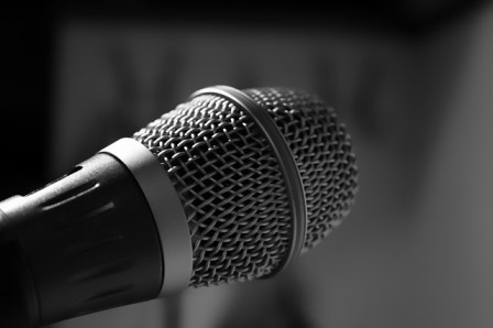 microphone 482250 640